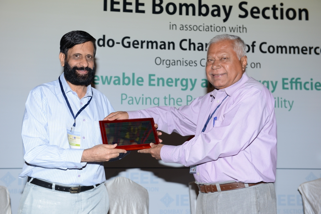 Felicitation of Dr. Khaparde by Mr. Banerjee